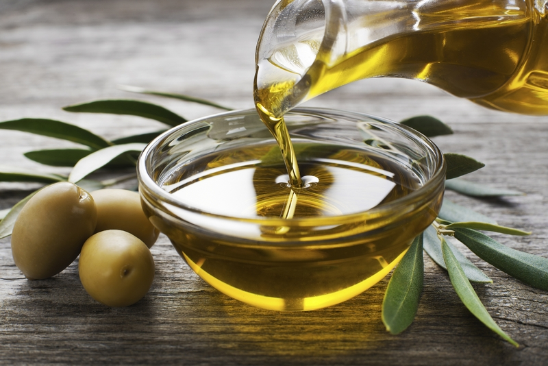 Using Oil And Vinegar Salad Dressings For Weight Loss